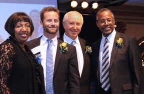 Aubrey Chernick With Kirk Cameron And The Carsons At Awards Banquet
